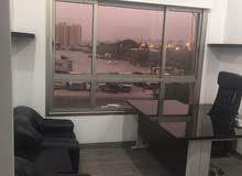للبيع مكتب تجاري مؤثث 33 متر غرفه وصاله جليب الشيوخ