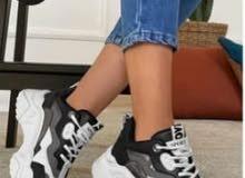 حذاء نسائي (أبيض- أسود)