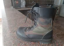 حذاء عسكري