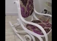 كرسي هزاز بحالة جيدة جدا استعمال قليل