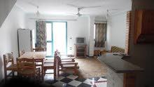 شقة دوبلكس بالفرش 95م لكل طابق مسجلة في شاطئ النخيل بجوار البحر