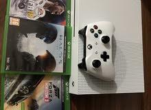 Xbox one s نظيف جدا للتبديل ب ps4مهكر أو للبيع