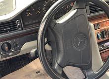 Green Mercedes Benz E 200 1994 for sale