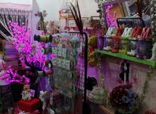 محل بيع ورود و تغليف و تزيين الهدايا و السيارات