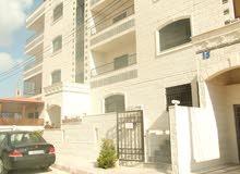 شقة 149م للبيع في منطقة ضاحية الاستقلال