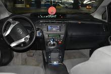 تويوتا بريوس 2012 للبيع