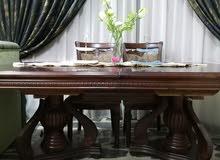 طاولة طعام 8 كراسي نظيف جدا جدا