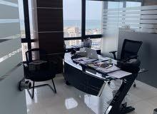 للبيع مكتب في الدور 21 شرق بانوراما علي الأبراج و جسر جابر مجهز ومقسم اثاث جديد
