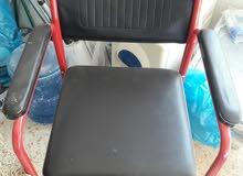 كرسي متحرك+ووكر  بحالة جيدة للبيع