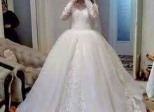 للبيع فساتين زفاف