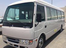 باص روزا 30 راكب ايجار شهري مع سائق داخل ابو ظبي والعين