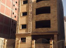 عماره للبيع في التجمع الخامس امام الجامعه الامريكيه point 90
