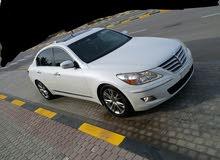 White Hyundai Genesis 2011 for sale