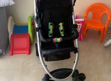 للبيع عربة اطفال استعمال خفيف بحالة جيده