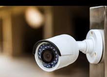 فني كاميرات مراقبة والكترونيات