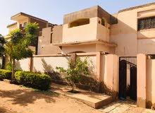 ام درمان الدوحة شارع 19 .. ... لود بيرنق .....الأرضي مشطب به ثلاث' غرف وصالون وه