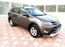 Toyota RAV 4 car for sale 2013 in Suwaiq city