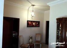 شقه للبيع في باكو الالوان الكيش 3غرف+مربزعه+2حمام
