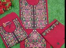 لباس بلوشي للبنت والأم