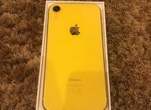 ايفون xr اصفر للبيع اخو الجديد استخدام شهر فقط