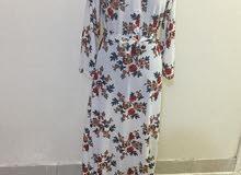فستان وقمصان