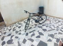 دراجة 26للبيع ب370دينار قابل للنقاش