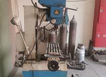 ماكينة ثقب وتشجيب Drilling and milling للبيع
