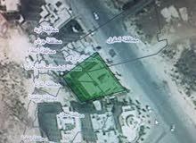 قطعه ارض على شارع الاردن الرئيسي 660م للبيع