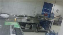 مطعم للبيع في سوق الخوض مع كامل الاجهزاء