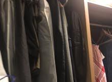 للبيع دواليب ملابس بدون ابواب