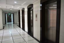 للبيع مركز اعمال بموقع متميز في دبي مجهز كامل