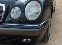 Mercedes Benz E 230 1999 For sale - Black color