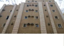 شقق للايجار 3 غرف بحي العزيزة برج القصر