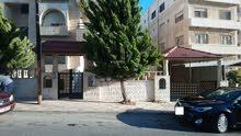 شقة ارضية 3 نوم حديقة كبيرة كراج خاص - ضاحية الرشيد للبيع بسعر مغري