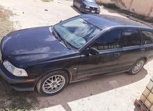 فولفو V40 1999