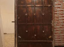 باب حديد مستعمل شوي