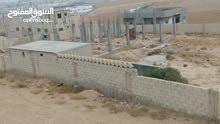 1000 متر ارض على شارع الميه اتستراد الزرقاء عمان خلف سلطة المياه  دفعه و اقساط