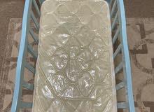 سرير صغير لطفل رضيع استخدام 3 شهور شبه جديد