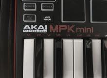 موسيقه وطبل في نفس الوقت اصنع لك اغنيه من اختراعك مع akai mpk