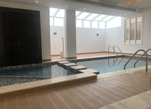 فيلا راقية جدا مكونة من 5 غرف وصالة ومجلس مع مسبح خاص فمدينة الإعلام