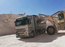 جميع خدمات المقاولات نقل طمم ونقل جميع مواد البناء