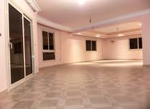 شقة للايجار بالتجمع الخامس دور كامل بفيلا شيك 280متر