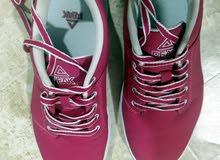 حذاء رياضي ماركة peak