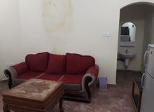 الغبرةالجنونبية شقة مفروشة موثثة كامل غرفة وصالة قرب المستشقى السلطانى