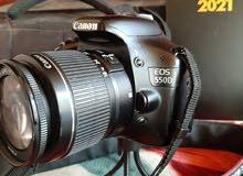 كاميرا كانون 550d مع عدستين للبيع