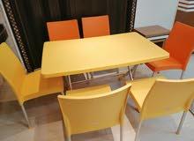 طاولة مع 6 كراسي للبيع