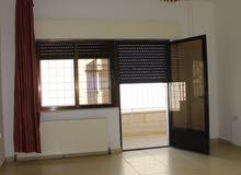 للايجار شقة فارغة سوبر ديلوكس في منطقة ام السماق 3 نوم مساحة 200 م² - ط اول