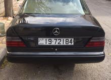 Mercedes Benz E 200 1990 for sale in Amman