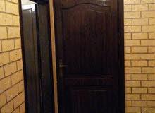 للإيجار شقة في الطابق الأول نهاية ام نوارة4 المنطقة المقابلة لمسودى مول