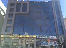 مكاتب للإيجار بموقع مميز تشطيب سوبر لوكس مع ديكور عمان - دوار الواحة مساحة 63 أو 101 متر